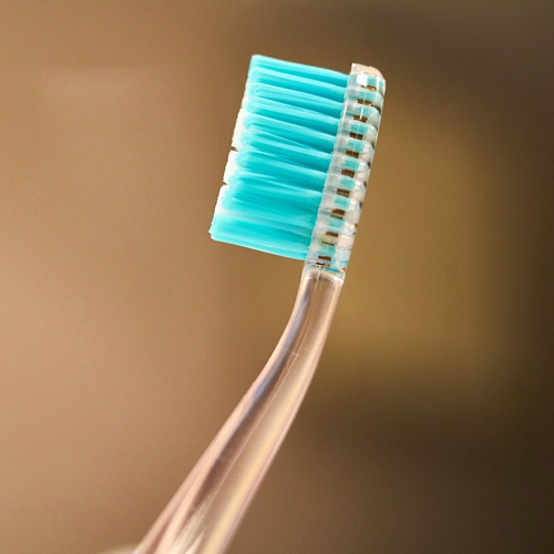 Gresham_Family_Dentistry_When to Replace an Old Toothbrush